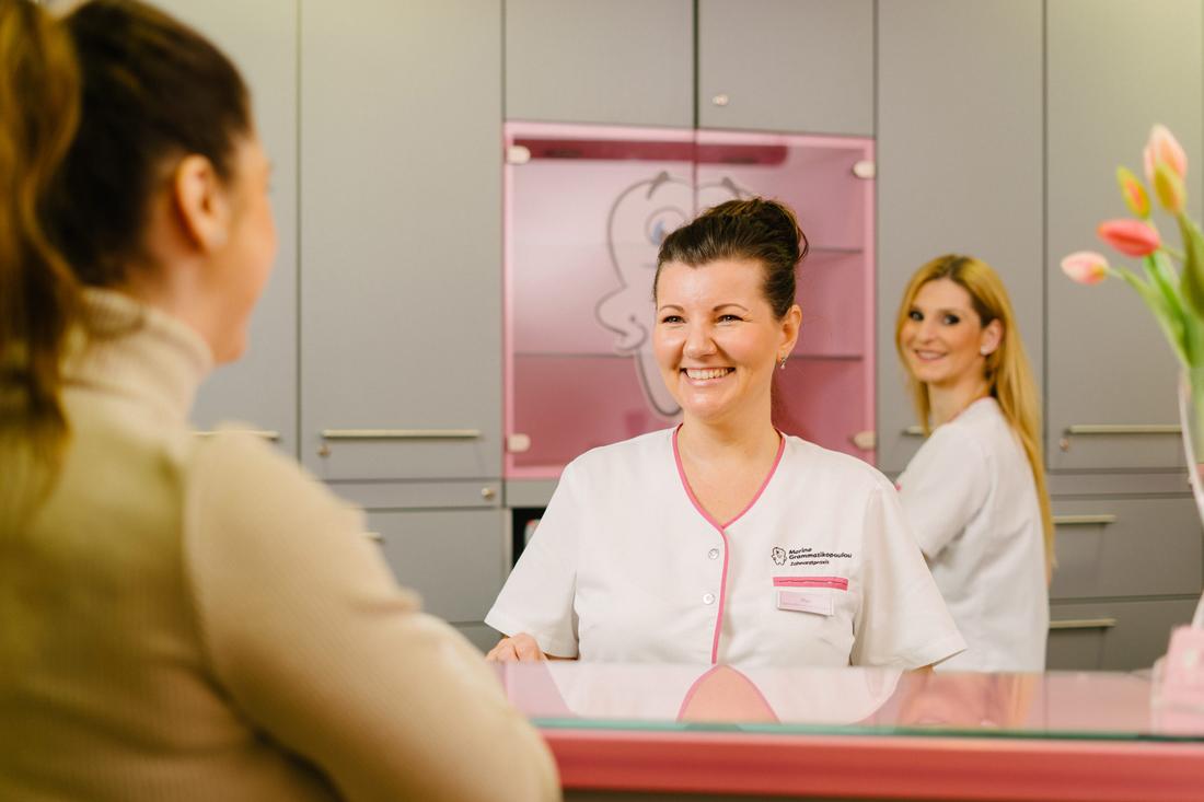 Praxis - Zahnarzt Nürnberg am Plärrer - Frau Grammatikopoulou - Gemälde